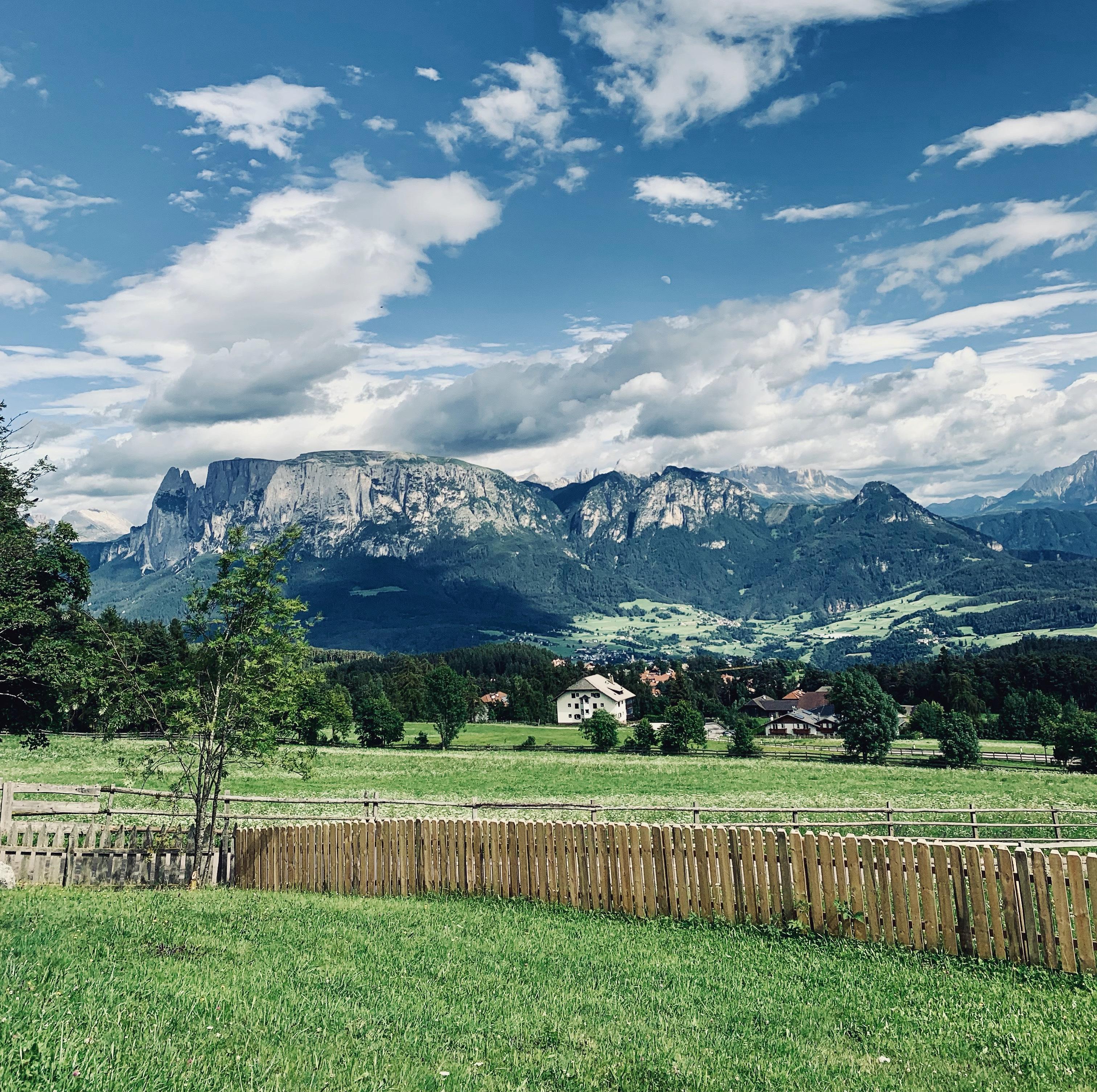 Südtirol Ritten Landschaft Tourismus Hotel Unterkunft Berge Dolomiten Schlern Schönheit Bauingenieur Michael Demanega Statiker Bauen Baumanagement Ingenieur
